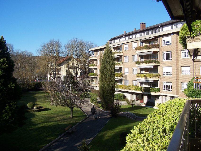 Fray Francisco de Vitoria sn – Vitoria-Gasteiz – Armentia – Ciudad Jardín